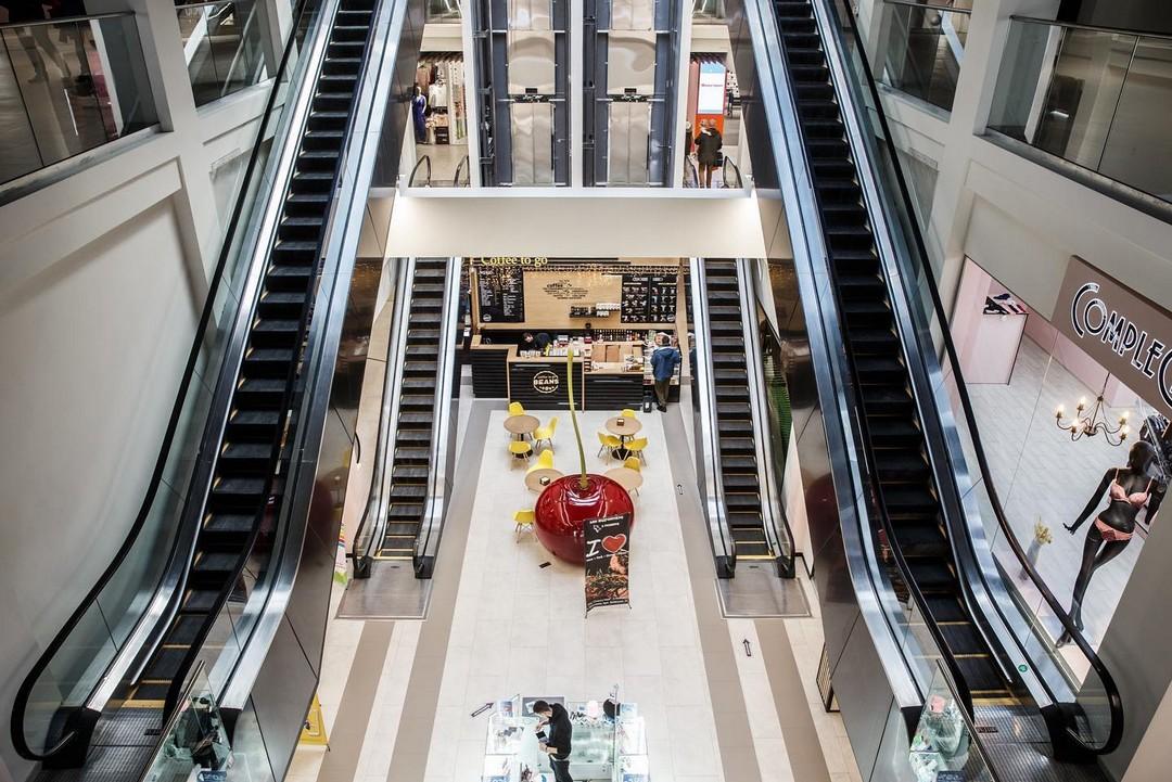 Эскалаторы Cherry Mall